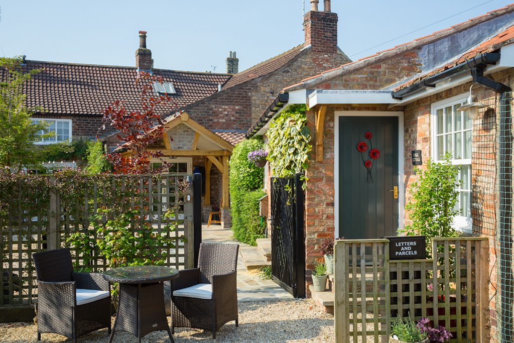 Forge Cottage, Coxwold. Spacious self-catering holiday cottage