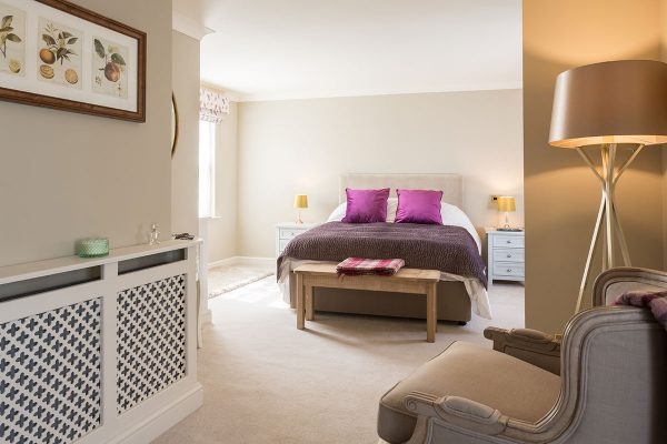 Forge Cottage, Coxwold. Large bedroom with luxury King-size bed